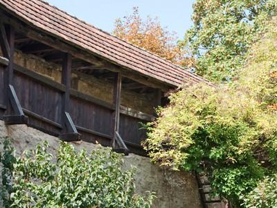 Bild: Stadtmauer mit Wehrgang
