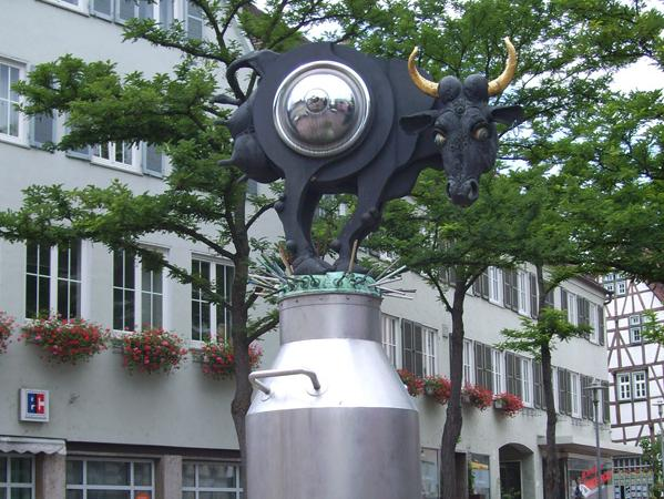 Kuhriosum Kronenplatz